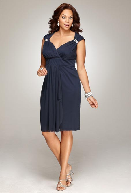 Фото нарядного платья для женщины