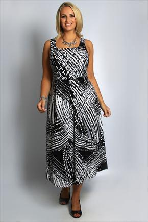 Модные летние платья и сарафаны 2015 для полных женщин . . Великолепным и аппетитным пышечкам бывает