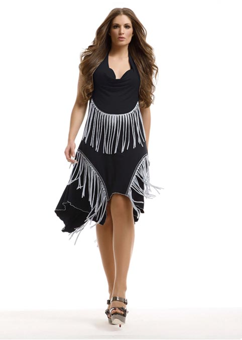 И модной одежды для полных девушек и