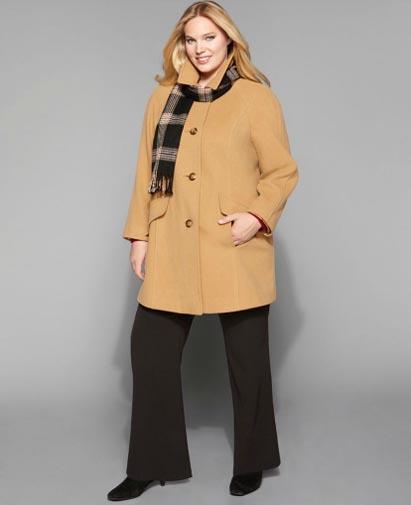 Конечно, не стоит превращать себя в палитру, но, например, летнее пальто для полных... В выборе осеннего и зимнего